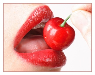 cherry_lips_by_oubaas