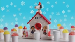 snoopy-sno-cone-machine-get-your-freeze-on-large-3